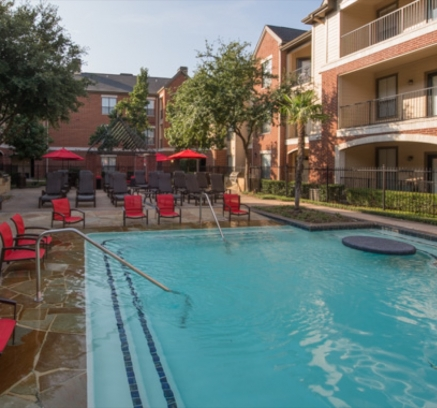 Pool at Camden Farmers Market Apartments in Dallas, Texas