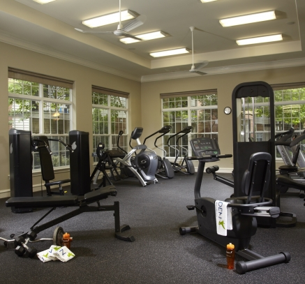Fitness Center at Camden Lansdowne Apartments in Lansdowne, Virginia