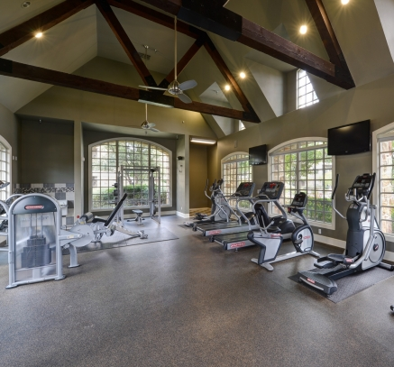 Fitness Center at Camden Riverwalk Apartments in Grapevine, Texas