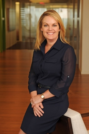 Kim Callahan headshot